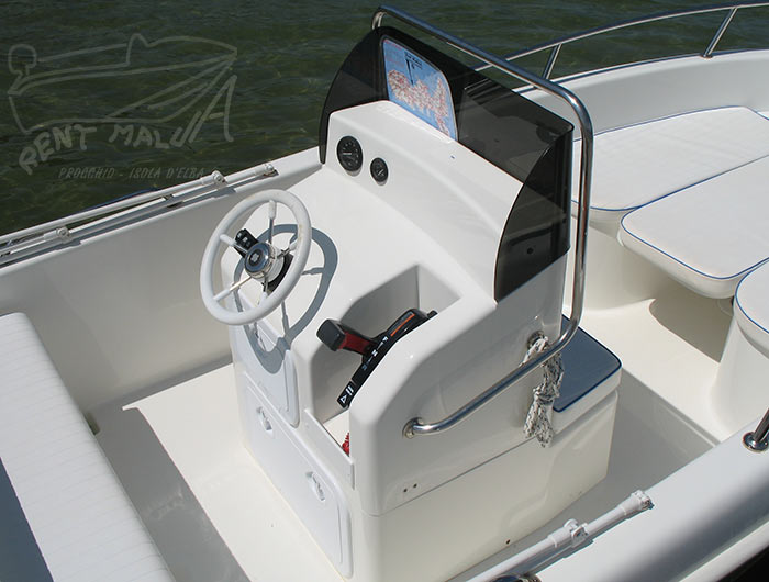 Elba noleggio barche Arkos 507 console centrale