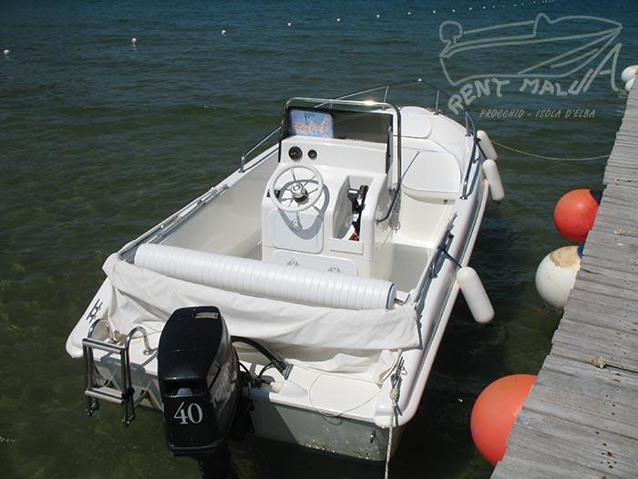 Elba noleggio barche Arkos 507 guida con volante