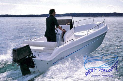Elba noleggio barche Arkos 507 in navigazione