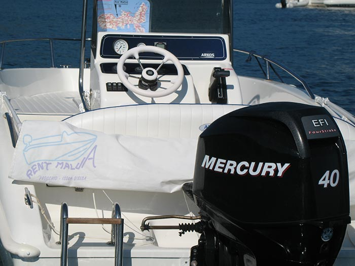 Elba noleggio barca arkos 537 console di guida centrale con volante