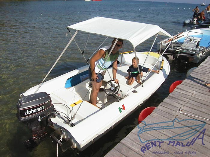 Elba Noleggio barca Molinari con tendalino parasole