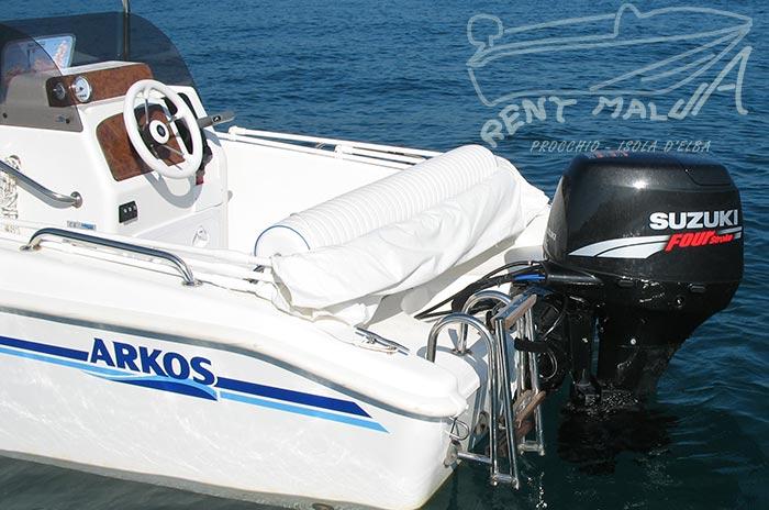 Elba noleggio barche Arkos 487 cuscineria di poppa